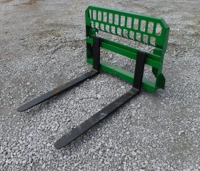 John Deere Tractor Loader Attachment – Extreme 48″ 5,500 Pound Pallet Forks