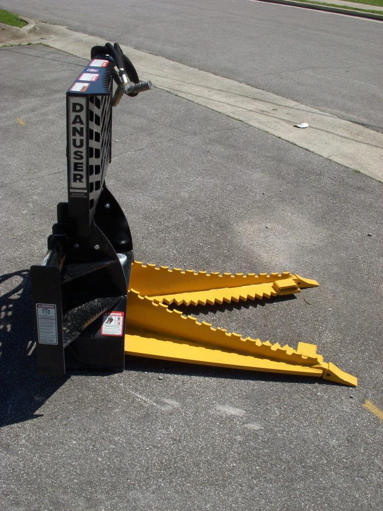Danuser Intimidator Tree And Post Puller Skid Steer